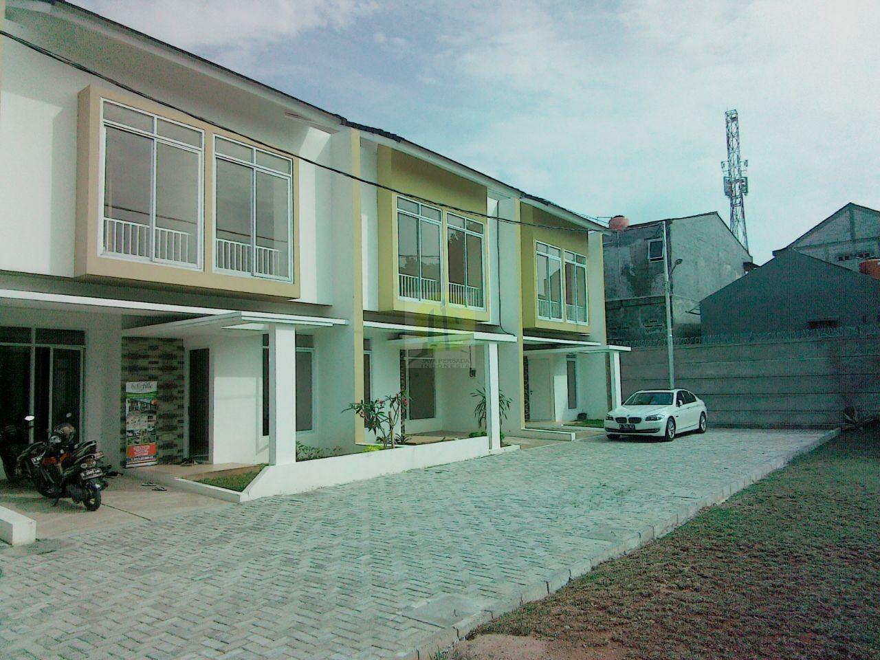 Rumah Cluster Posisi Strategis di Bintaro